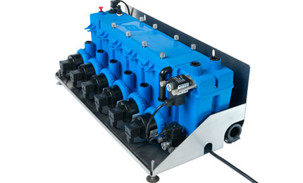 Self-contained hydraulic unit