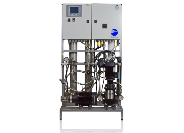 Én højtrykspumpestation kan levere demineraliseret vand til dyser i flere apparater