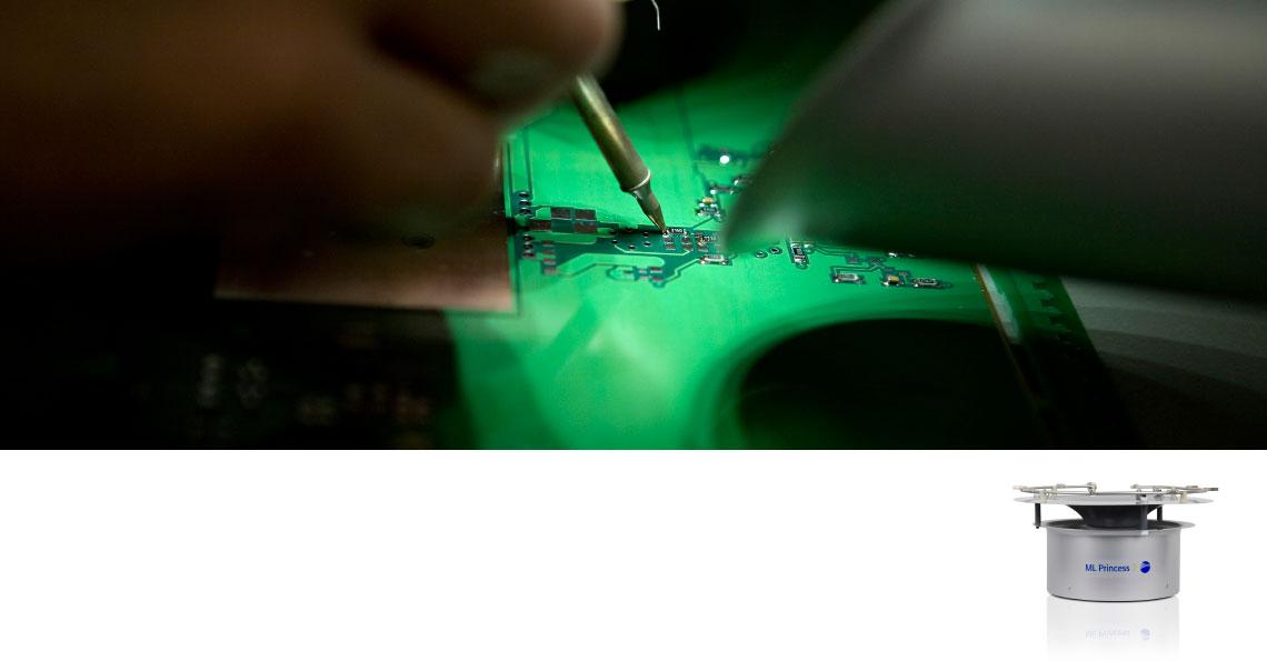 Elektronikproducent køler med befugtning