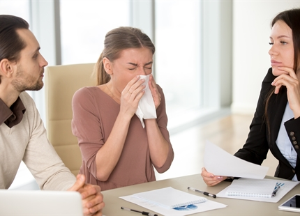 4 Great Ways to Reduce the Spread of Germs at the Office