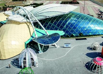 Konya Tropikal Kelebek Bahçesi nemlendirmesi