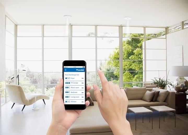 Die flexible Raum-Lösung lässt sich bequem mit dem Smartphone steuern.