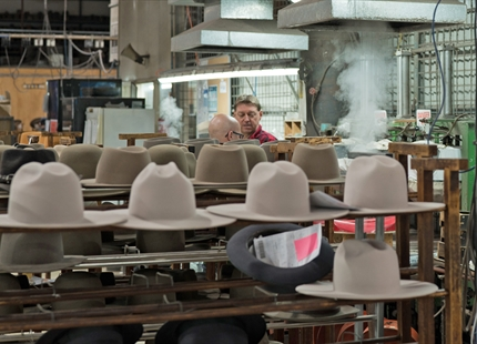 Akubra Hats humidifies with Condair