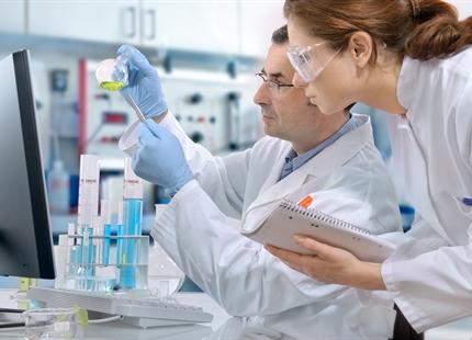 Overførslen af influenzavirus afhænger af relativ luftfugtighed og temperatur
