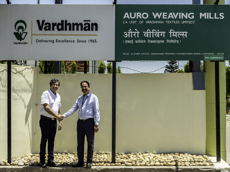 Jaydeep Dasgupta, MD Regent Machine & Servicing, and Mukesh Saxena, Chief General Manager Fabric Operations at Vardhman Group