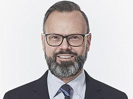 Andrej Arnold, Vertrieb