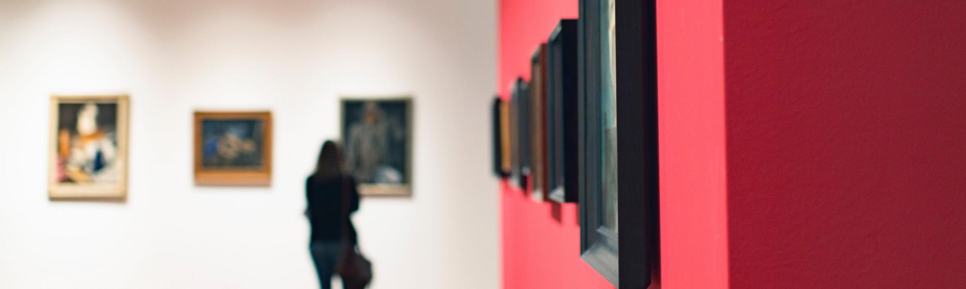 Museer og gallerier sikrer deres genstande med fugtstyring