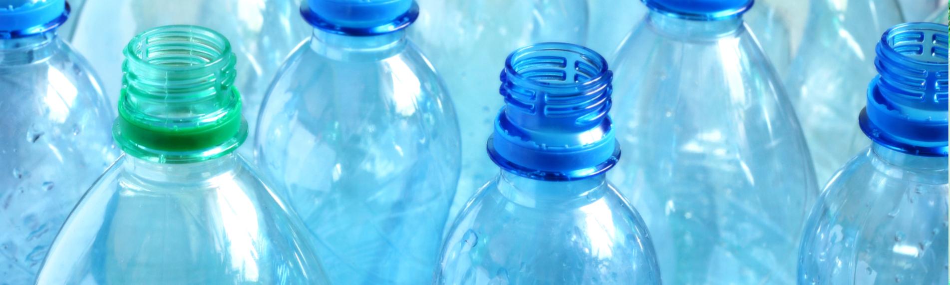 Kylning tar bort överskottsvärme och statisk elektricitet i plastproduktioner