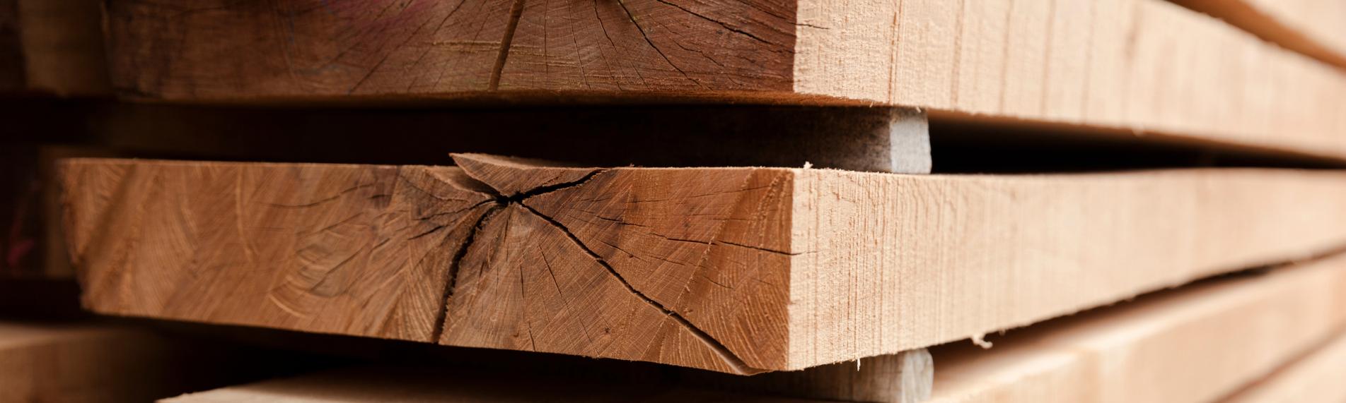 Træets fugtindhold holdes optimal med luftbefugtning